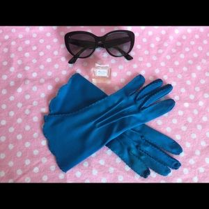 Vintage blue wool gloves Small Brand New